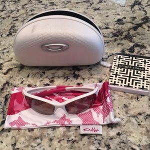 Oakley Breast Cancer Awareness Sunglasses